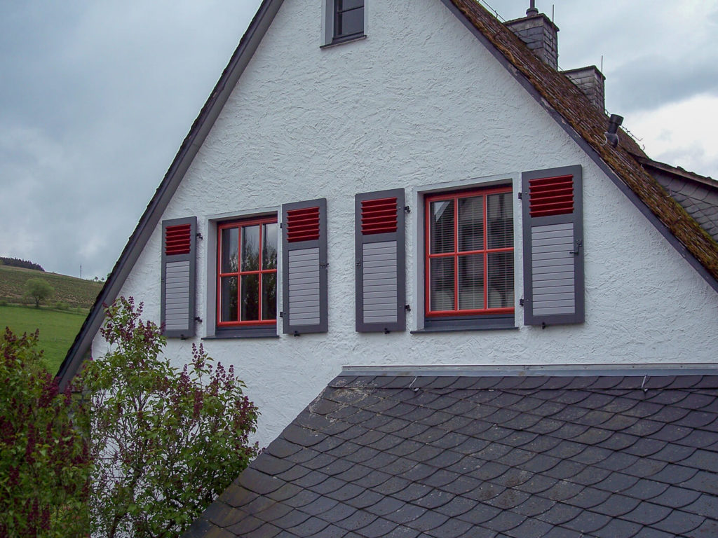 Einbruchsicher Holzfenster Fenster Holz nach Maß Klappläden Sprossenfenster Fenster mit Sprossen