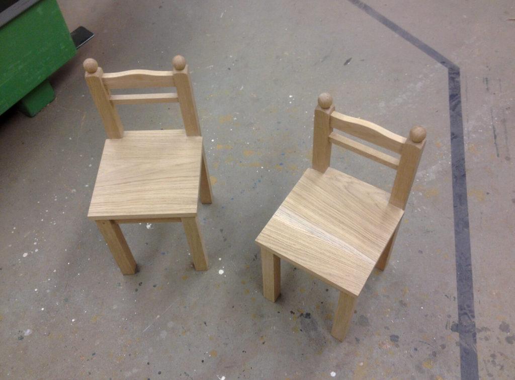 Stühle aus Holz Holzstühle Holzmöbel Möbel aus Holz Möbel nach Maß Massivholzmöbel Massivholz Vollholzmöbel